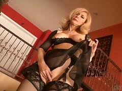 Lovely MILF In Bra And Stockings Gets Slammed Doggystyle tube porn video