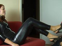 polish slut in shiny spandex catsuit foot licking tube porn video