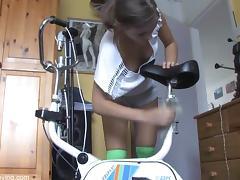 HD Downblouse Nati - Brunette Big Boobs tube porn video