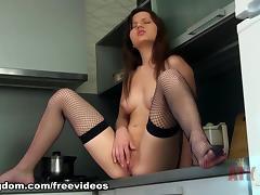Amira : Masturbation Movie tube porn video