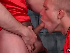 Five hunks have some gourp orgy in the locker room. tube porn video