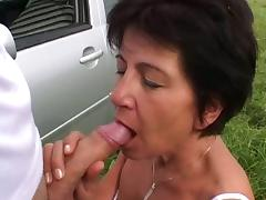 Granny got some help in exchange to fuck tube porn video