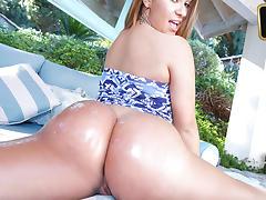 Klara Gold in Klaras Ass Is Gold tube porn video