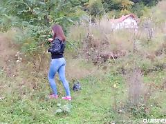 Teen slut Mara's nature walk turns into a pussy rubbing expedition tube porn video