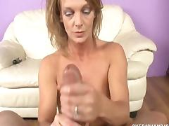 Mature Slut Pussy Rubbing And Jerking tube porn video