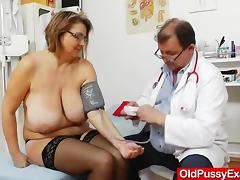 Drahuse gyno flick examination tube porn video