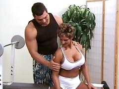 Female bodybuilder with sexy big tits fucks her personal trainer tube porn video