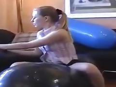 Moni's Balloons tube porn video