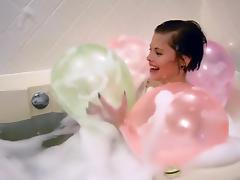 Bath with balloon, pop! tube porn video