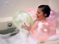 Bath with balloon, pop! tube porn video