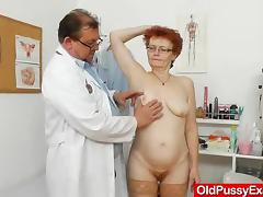 Wifey gyno with a redhead strumpet tube porn video