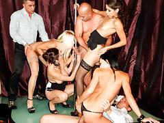 Leonelle Knoxville, Kari, Angie, Veronica Diamond in 5 Incredible Orgies, Scene #02 tube porn video