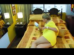 Crossdresser in yellow eats two cocks in turn tube porn video