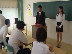Japanese teacher blowbanged by students and covered in jizz tube porn video