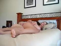 Hot big boobed blonde girl has missionary and doggystyle sex with belly cumshot on the bed tube porn video
