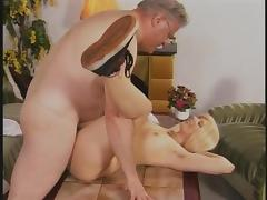 Opa bumst junge Muschi tube porn video