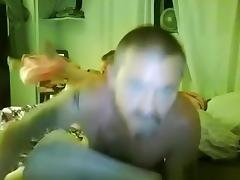 Dude pumps a load inside his wife's pussy in missionary position tube porn video