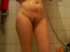Russian amateur housewife showering on camera tube porn video