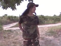 2 lesbiennes uniformes militaire tube porn video