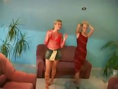 2 copines lesbiennes blondes tube porn video