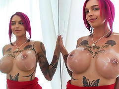 Anna Bell Peaks in Hot Milf squirts all over the dick - BangBros tube porn video