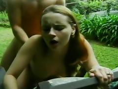 Lusty Couple Has Public Sex In The Park tube porn video