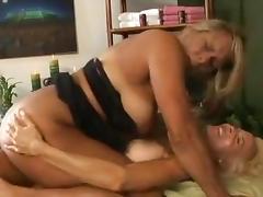 Lesbian massage seduction tube porn video