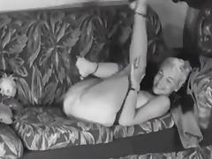 COUCH STRIP - vintage big boobs blonde teases 50s heels tube porn video