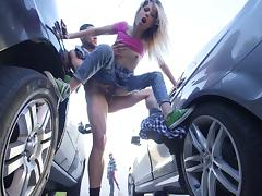 Brutally hot Goldie Rush is getting banged between two cars tube porn video