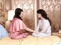 Ashlyn Rae & RayVeness in Pin-Up Girls #09, Scene #04 - GirlfriendsFilms tube porn video