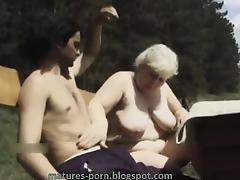 Fat grandma blow outdoor tube porn video