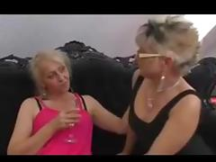 Horny matures lesbo threesome tube porn video