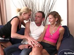 She watches her mom and boyfriend taboo sex tube porn video