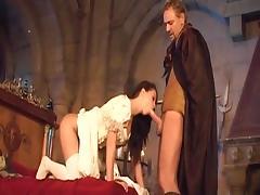 roi  pere  a envie de baisee sa fille  dans tout les trous tube porn video