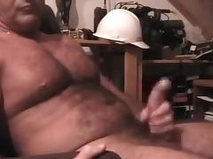 Sexy daddy carolina jim jerks off cum tube porn video