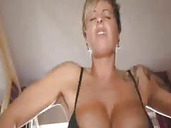 Huge cola bottle fuck and fisting squirting orgasms tube porn video
