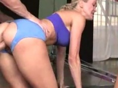 Two CFNM gym babes fucked hard tube porn video