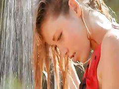 Hot grass splash and unique body tube porn video