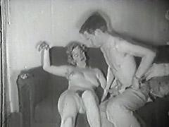 Survey Man Picks up a Chick 1950 tube porn video