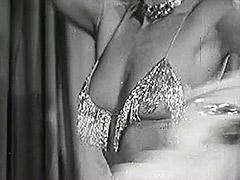 Long Legged Brunette Dances 1940 tube porn video