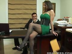 Slutty Agent Rachel Roxxx Has Hardcore Sex With Her Horny Boss tube porn video