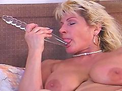 Stacked milf renate darksome dicked in wazoo tube porn video