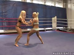 Busty Blondes Eat One Another And Play With Their Big Tits In The Ring tube porn video
