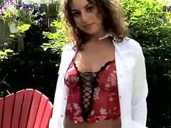 Exclusive strip show in the garden with Sofia Deleon tube porn video