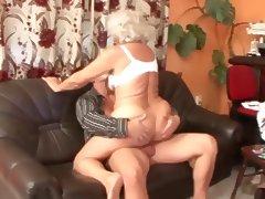 omas mit 75 immer noch geil tube porn video