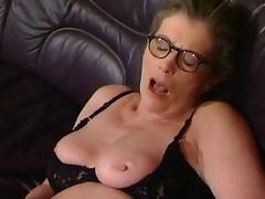 HOT MOM n134 2 hot german lesbian matures milfs tube porn video