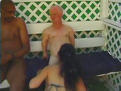 Ebony in heat banged by a midget tube porn video
