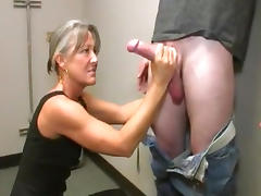 Mature woman in a dress gets a facial tube porn video