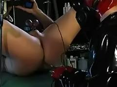 Gasmask Domina electro play tube porn video