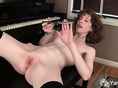 Goth Girl Staci Masturbating Her Pussy With Knife tube porn video
